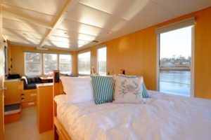 SeaSuites are the best romantic getaway on Vancouver Island