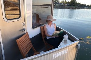 Reading nook on SeaSuite